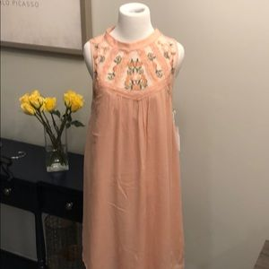 Dresses & Skirts - Lace Embroidered sleeveless dress- NWT